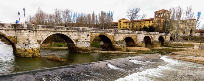 Puente Romano de León y Parador de San Marcos